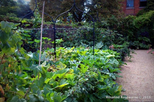 Potage cum Walled veg garden