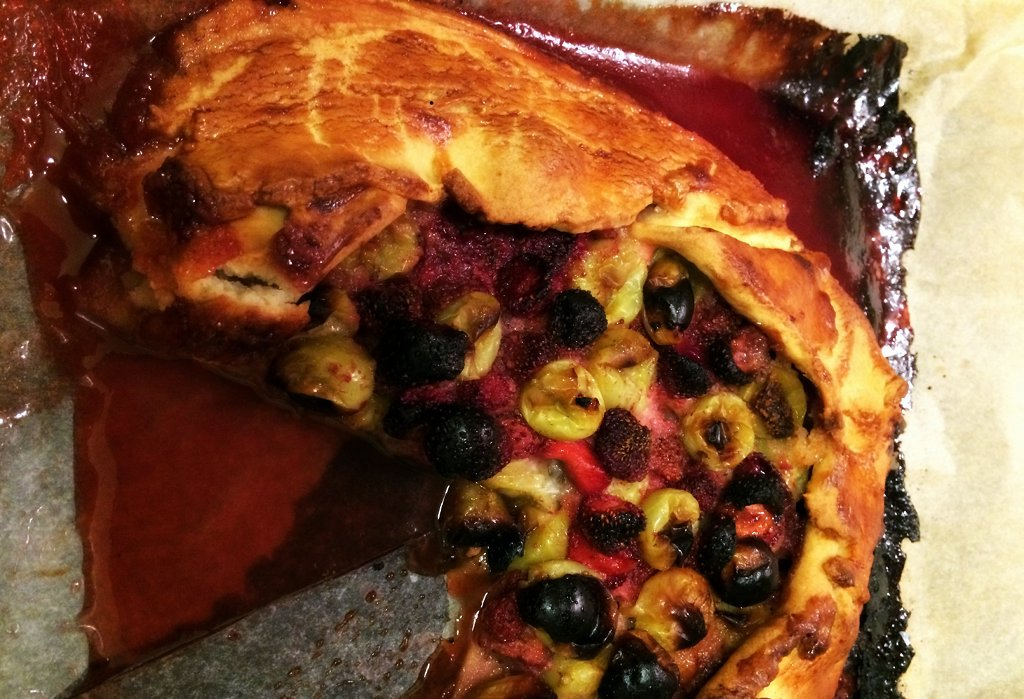 Whoops left this slightly too long in the oven, so keep an eye on it so the berries don't catch. Tasted fab regardless